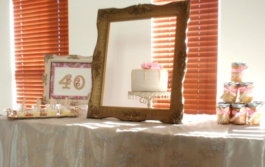 Yanneris Genao, cake, shabby dessert table